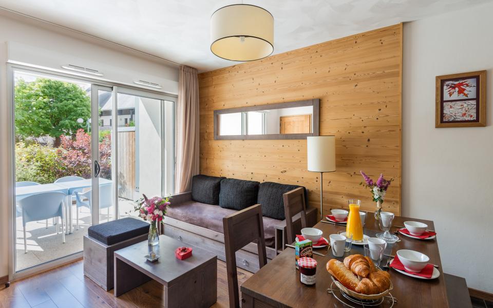Holiday in mountain resort Résidence Lagrange le Clos Saint Hilaire - Saint Lary Soulan - Living room