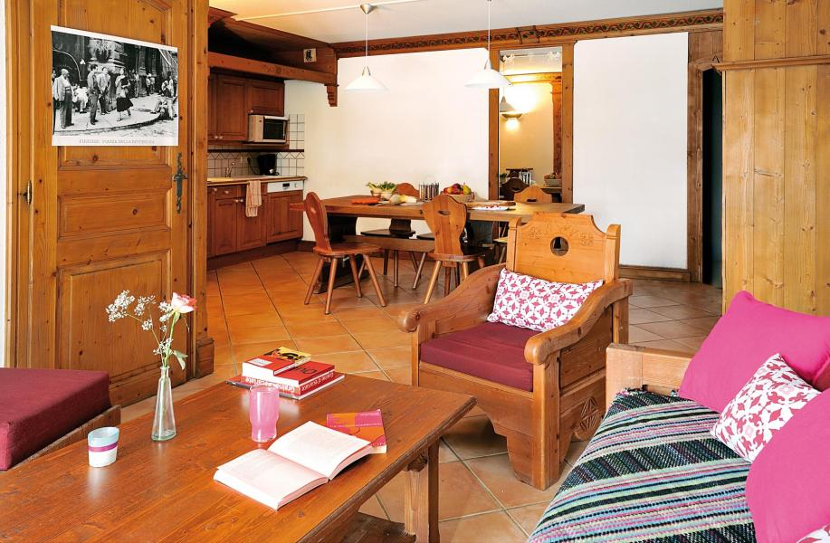 Urlaub in den Bergen Résidence Lagrange le Cristal d'Argentière - Chamonix - Kleines Wohnzimmer