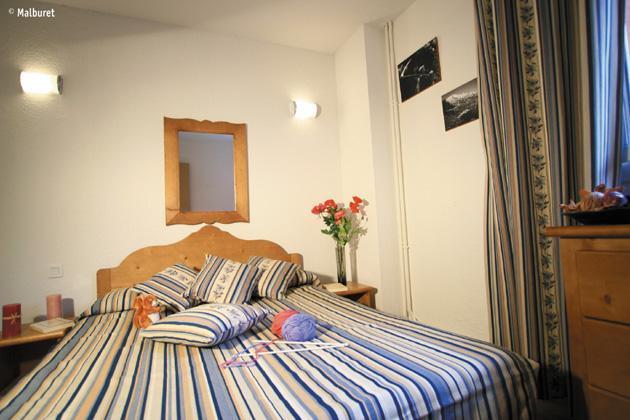 Urlaub in den Bergen Résidence Lagrange le Domaine des 100 Lacs - Cauterets - Schlafzimmer