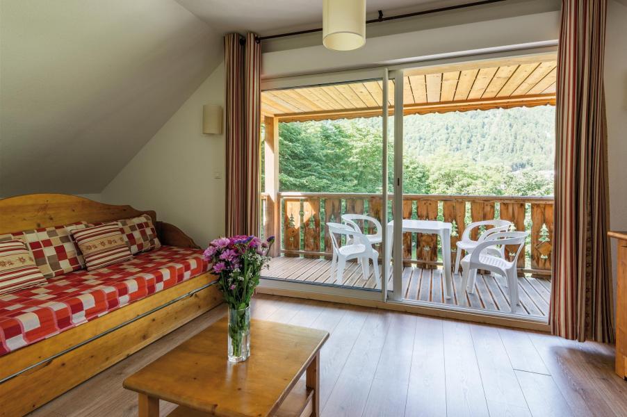 Urlaub in den Bergen Résidence Lagrange le Domaine des 100 Lacs - Cauterets - Wohnzimmer