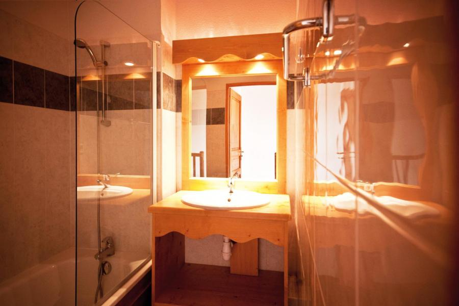 Holiday in mountain resort Résidence Lagrange le Grand Panorama 2 - Valmeinier - Bathroom