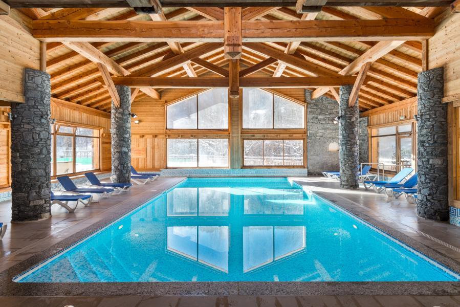 Holiday in mountain resort Résidence Lagrange le Hameau du Rocher Blanc - Serre Chevalier