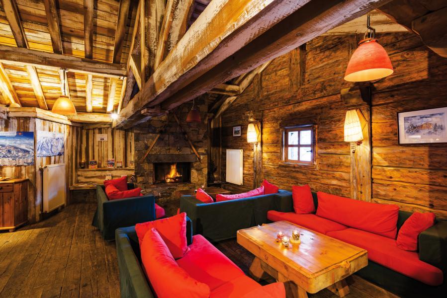 Vacances en montagne Résidence Lagrange le Village des Lapons - Les Saisies - Cheminée