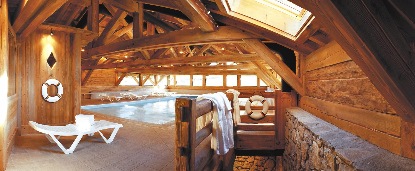Vacances en montagne Résidence Lagrange le Village des Lapons - Les Saisies - Piscine