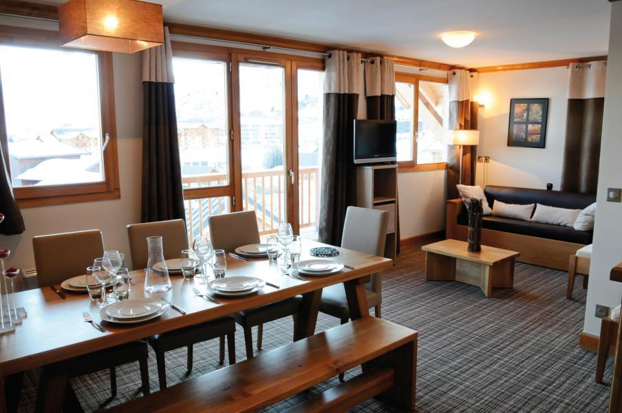 Holiday in mountain resort Résidence Lagrange les Balcons des Aiguilles - La Toussuire - Dining area