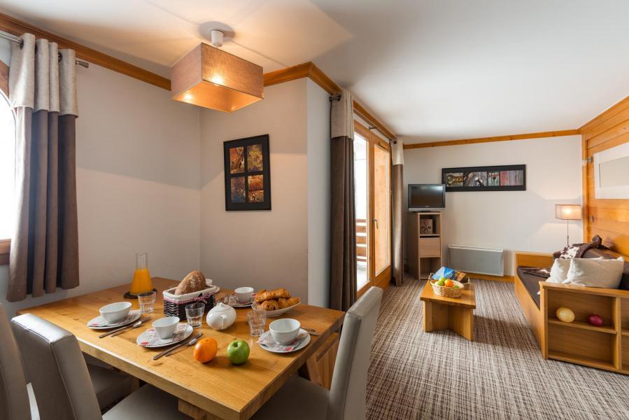 Urlaub in den Bergen Résidence Lagrange les Balcons des Aiguilles - La Toussuire - Wohnzimmer