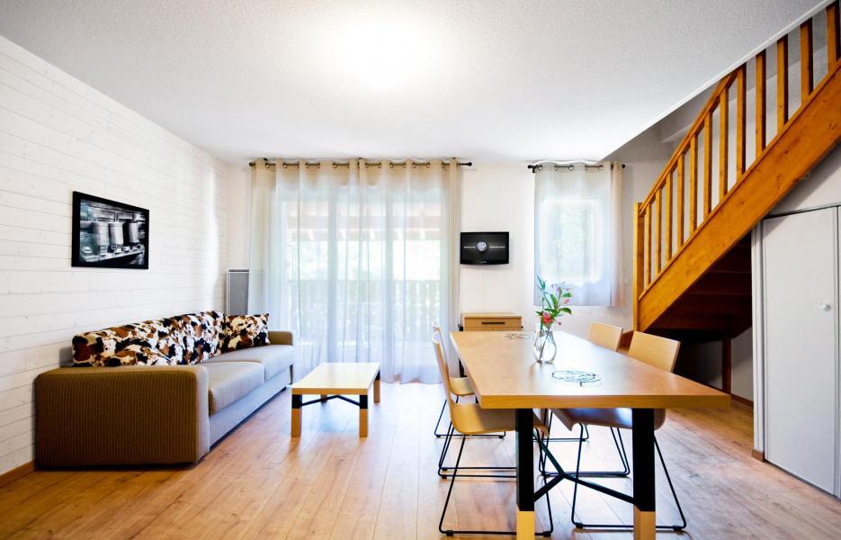 location 4 personnes ax les thermes pyr n es montagne vacances. Black Bedroom Furniture Sets. Home Design Ideas