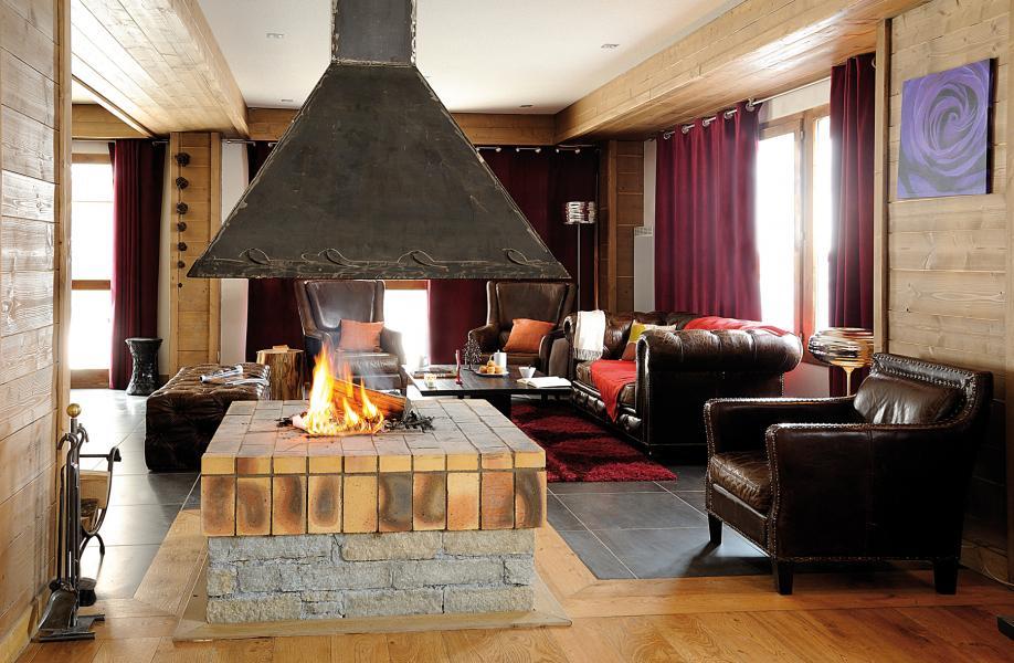 Urlaub in den Bergen Résidence Lagrange les Chalets d'Edelweiss - La Plagne - Kamin