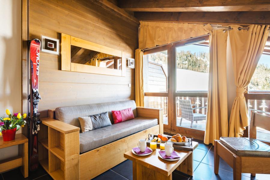 Urlaub in den Bergen Résidence Lagrange les Chalets d'Edelweiss - La Plagne - Sitzbank