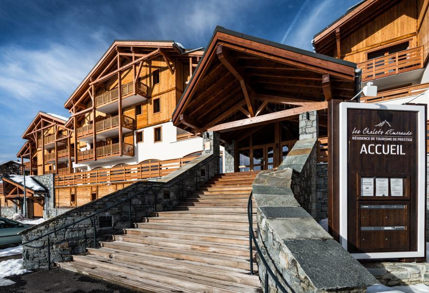 Location au ski Résidence Lagrange les Chalets d'Emeraude - Les Saisies - Extérieur été