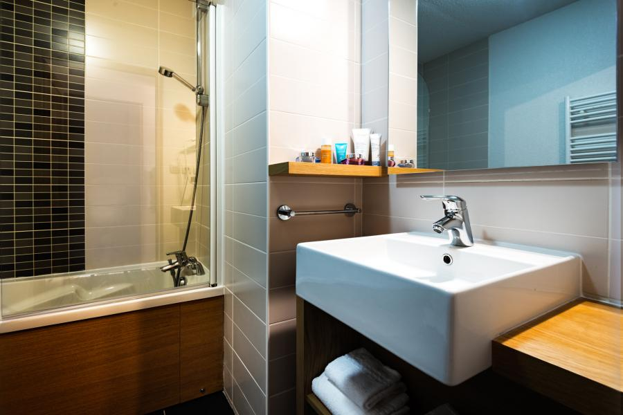 Holiday in mountain resort Résidence Lagrange les Chalets d'Emeraude - Les Saisies - Bathroom