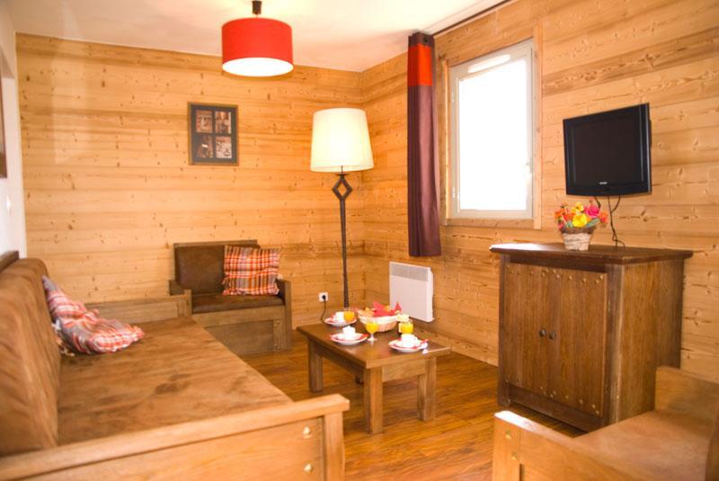 Urlaub in den Bergen Résidence Lagrange les Chalets de l'Adet - Saint Lary Soulan - Kleines Wohnzimmer