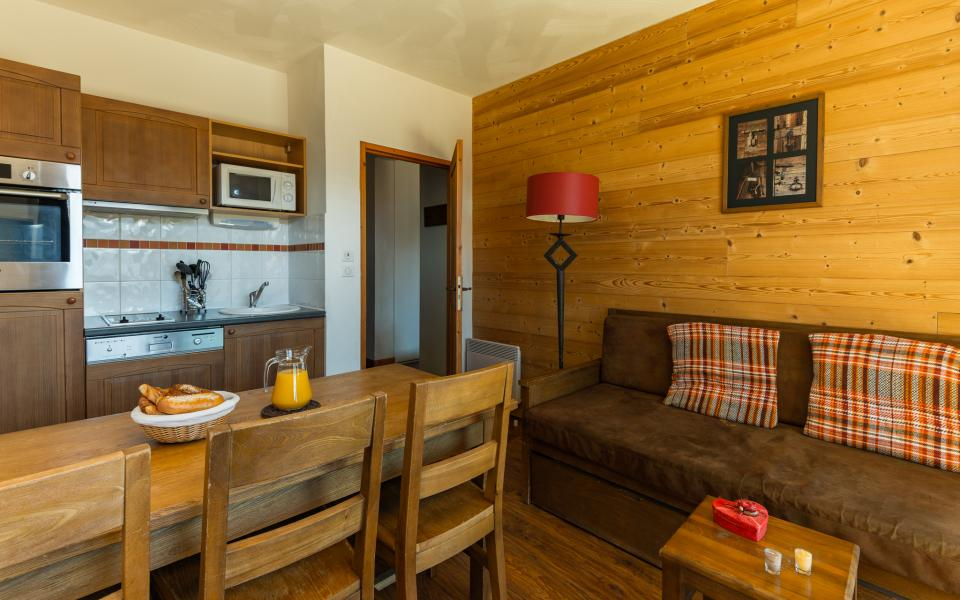 Holiday in mountain resort Résidence Lagrange les Chalets de l'Adet - Saint Lary Soulan - Open-plan kitchen