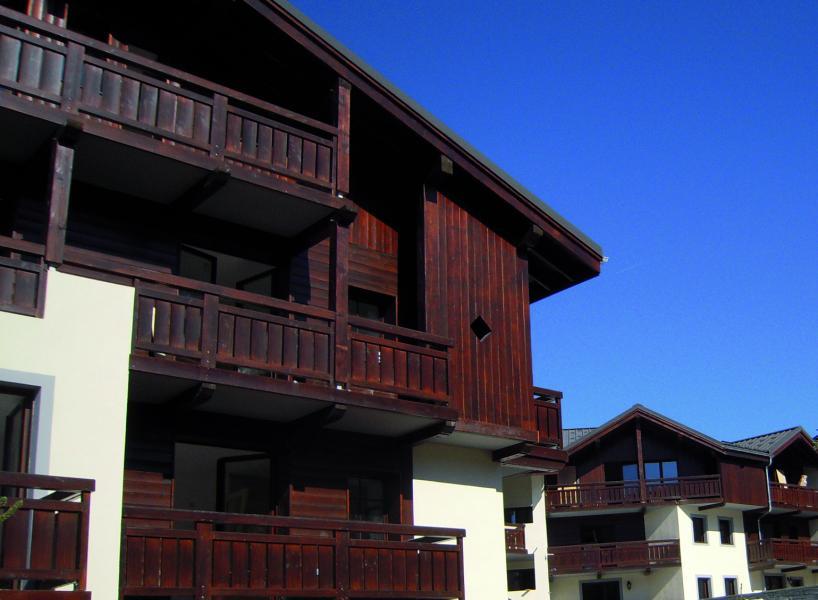Ski verhuur Résidence Lagrange les Fermes d'Emiguy - Les Gets - Buiten zomer