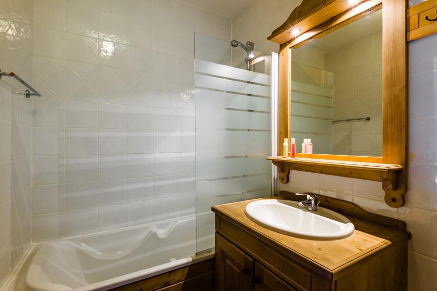 Urlaub in den Bergen Résidence Lagrange les Hauts de Comborcière - La Toussuire - Badezimmer