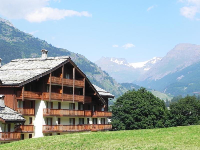 Location au ski Résidence Lagrange les Valmonts de Val Cenis - Val Cenis - Extérieur été