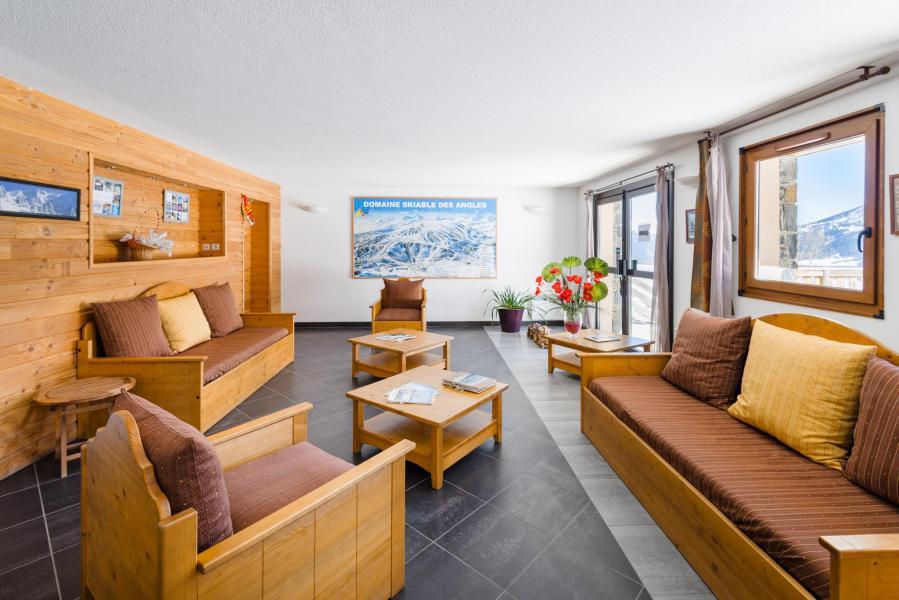 Vacances en montagne Résidence Lagrange Prat de Lis - Les Angles - Canapé