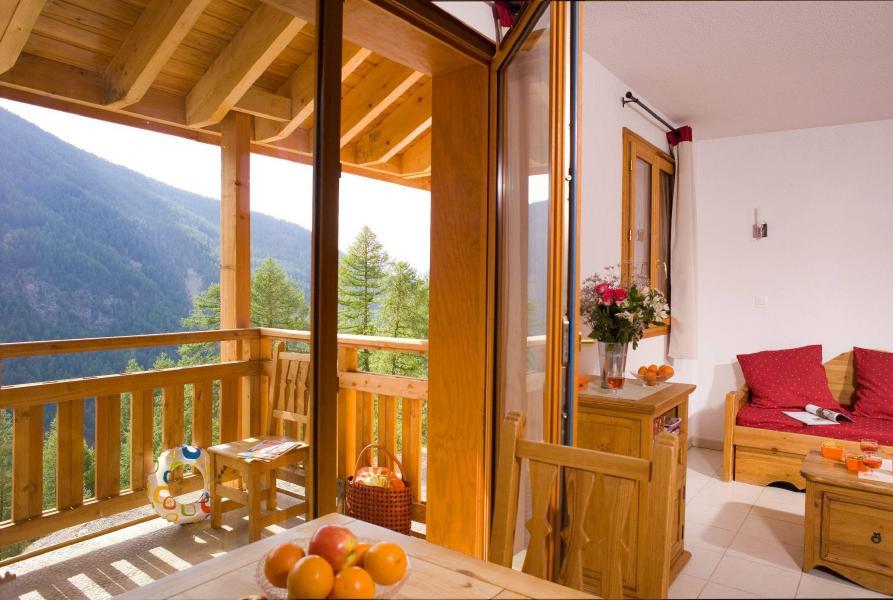 Vacances en montagne Résidence le Balcon des Airelles - Les Orres - Terrasse