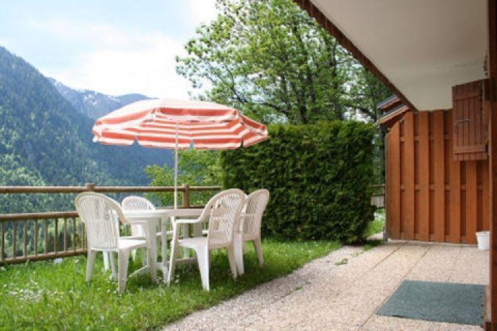 Vacaciones en montaña Résidence le Balcon des Alpes - Châtel - Verano