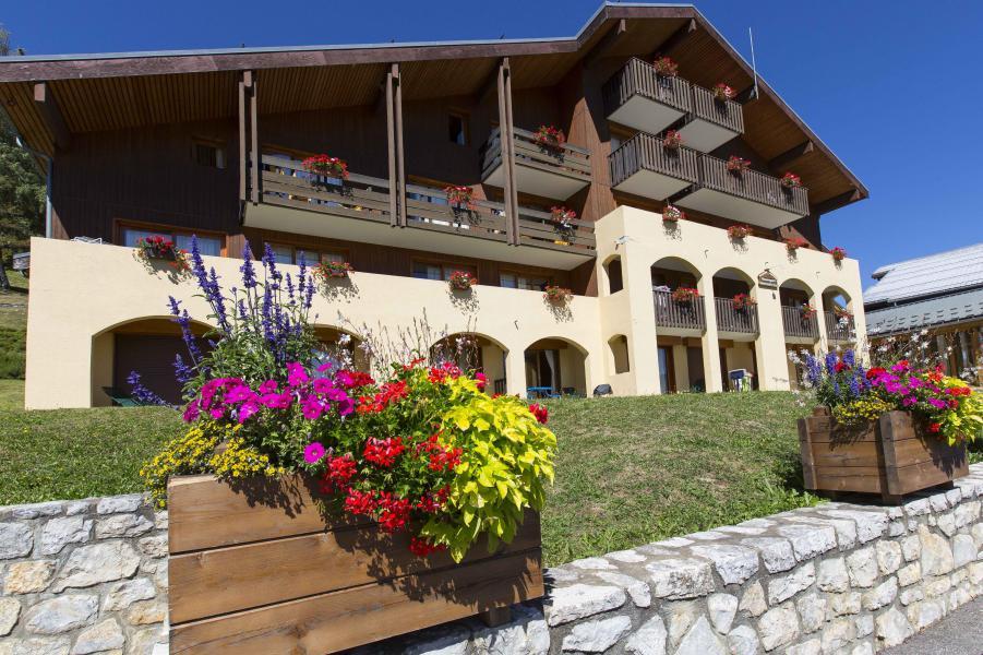 Ski verhuur Résidence le Beauregard - Valmorel - Buiten zomer