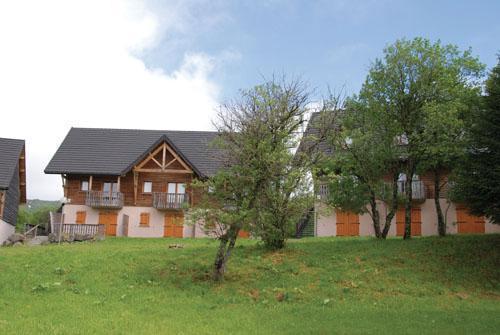Residence Le Bois De La Reine 20%, Super Besse, location vacances ski Super Besse Ski Planet # Residence Bois De La Reine