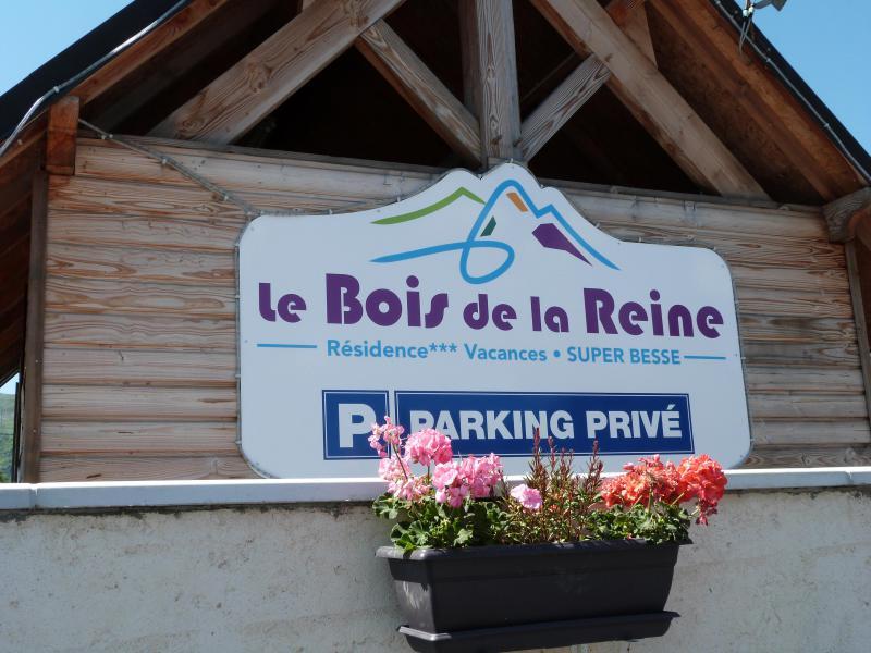 Location au ski Résidence le Bois de la Reine - Super Besse - Extérieur été