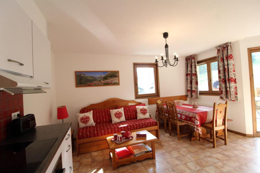 Vacances en montagne Appartement 3 pièces 6 personnes (B15) - Résidence le Bonheur des Pistes - Val Cenis - Coin repas