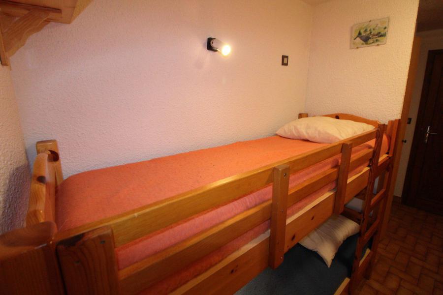 Vacances en montagne Appartement 2 pièces coin montagne 5 personnes (006) - Résidence le Centre - Champagny-en-Vanoise - Lits superposés