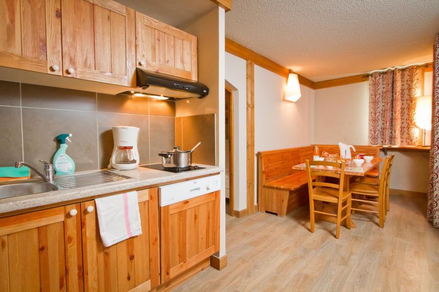 Holiday in mountain resort Résidence le Chalet de Montchavin - Montchavin La Plagne - Kitchen