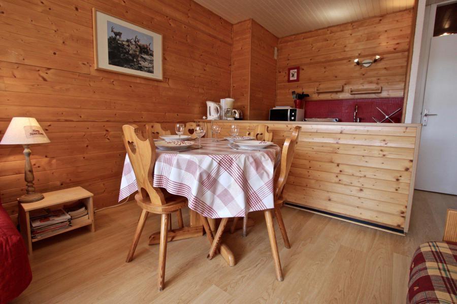 Vacances en montagne Studio 4 personnes (103) - Résidence le Chamois - Chamrousse - Table