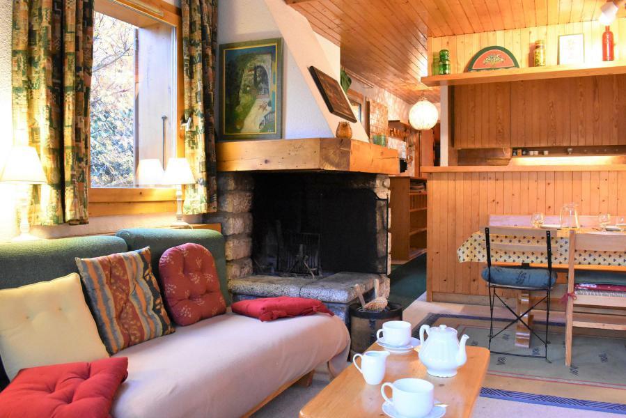 Vacances en montagne Appartement duplex 3 pièces 6 personnes (19) - Résidence le Chasseforêt - Méribel - Cheminée