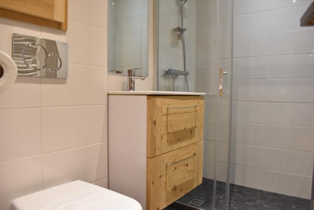 Vacances en montagne Studio 2 personnes (6) - Résidence le Chasseforêt - Méribel - Salle d'eau