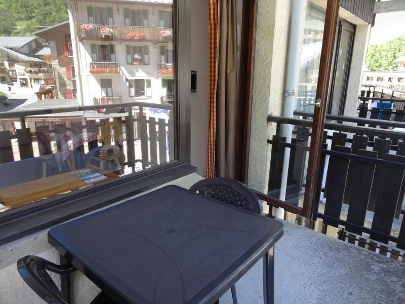 Wakacje w górach Studio 4 osoby (24B) - Résidence le Chasseforêt - Pralognan-la-Vanoise - Stołem