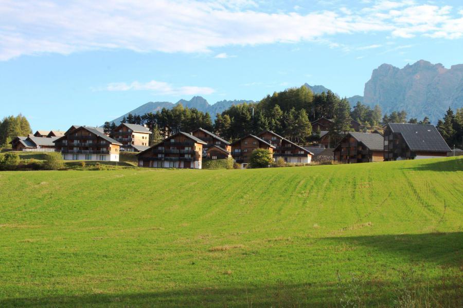 Vacaciones en montaña Résidence le Chevreuil la Crête du Berger - La Joue du Loup - Verano