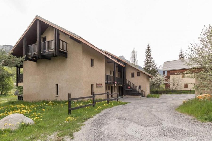 Vacances en montagne Appartement duplex 3 pièces 6 personnes (006) - Résidence le Clos de l'Etoile - Serre Chevalier - Extérieur été