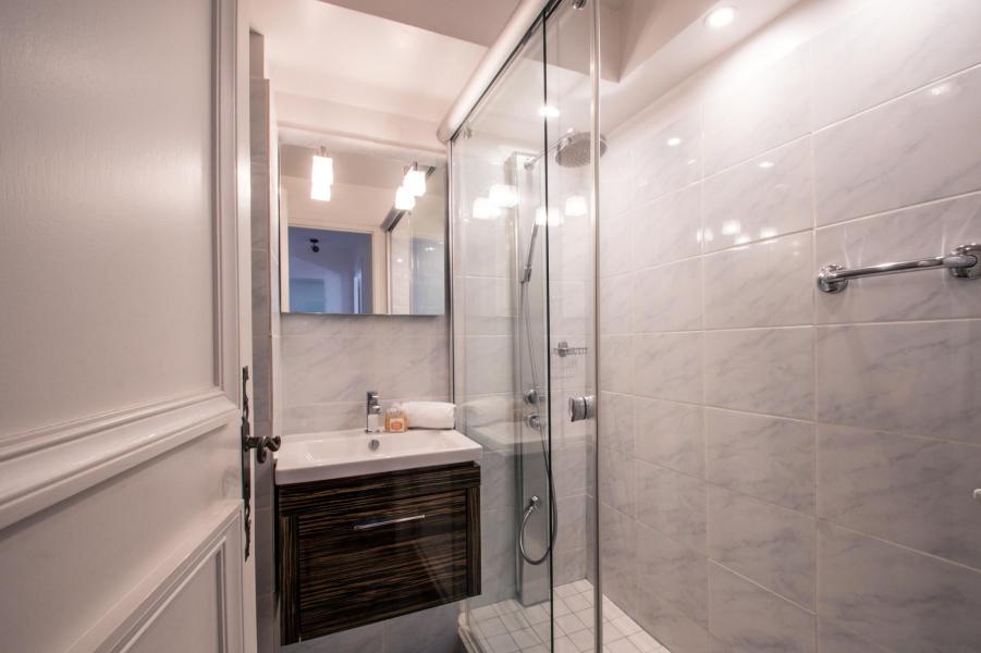 Vacances en montagne Appartement 3 pièces 4 personnes (AGATA) - Résidence le Clos du Savoy - Chamonix - Salle d'eau