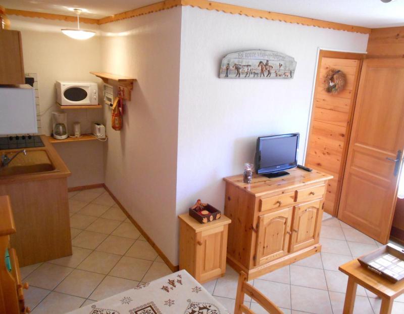 Holiday in mountain resort Studio cabin 4 people (3181) - Résidence le Cornillon - Le Grand Bornand - Kitchenette