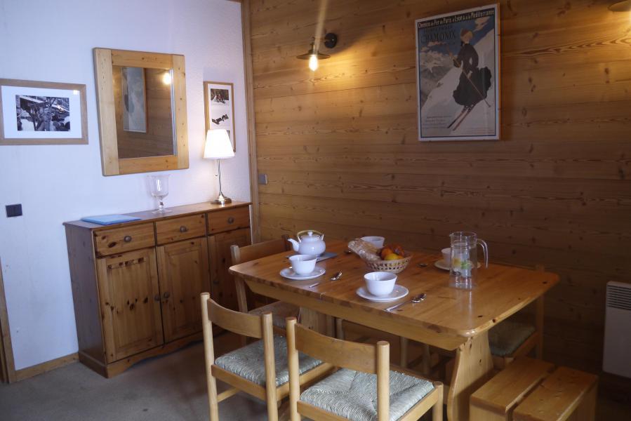 Vacances en montagne Appartement 2 pièces 6 personnes (151) - Résidence le Creux de l'Ours D - Méribel-Mottaret