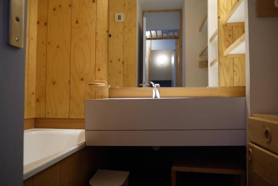 Vacances en montagne Studio 4 personnes (166) - Résidence le Creux de l'Ours D - Méribel-Mottaret