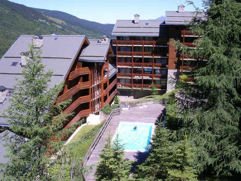 Vacances en montagne Résidence le Cristal - Méribel - Extérieur été