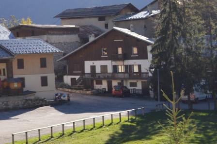 Soggiorno sugli sci Résidence le Dahu - Champagny-en-Vanoise - Esteriore estate