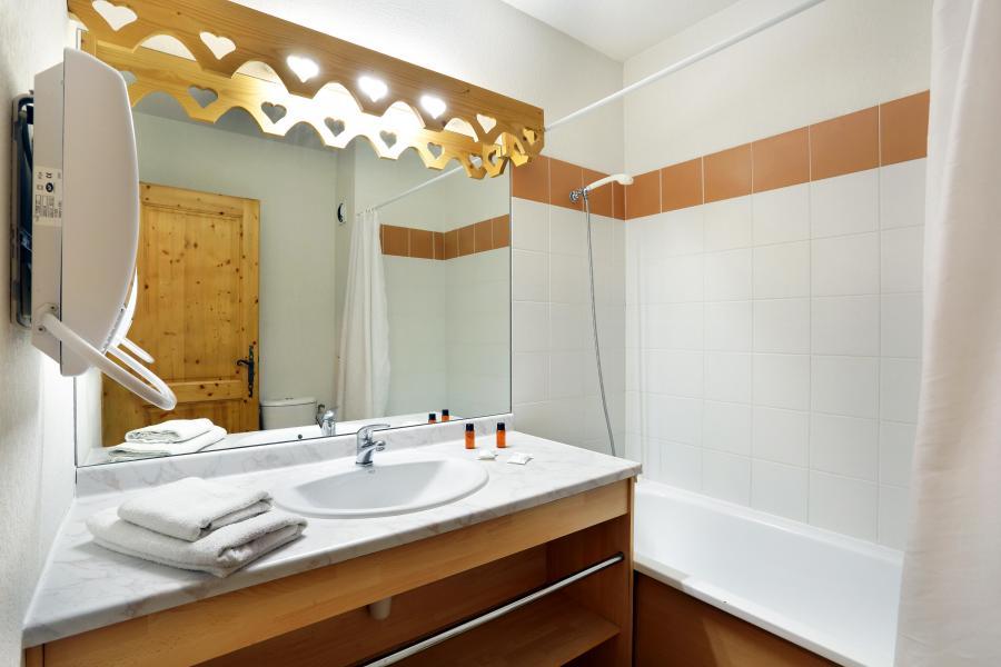 Holiday in mountain resort Résidence le Domaine du Grand Tétras - Samoëns - Bathroom
