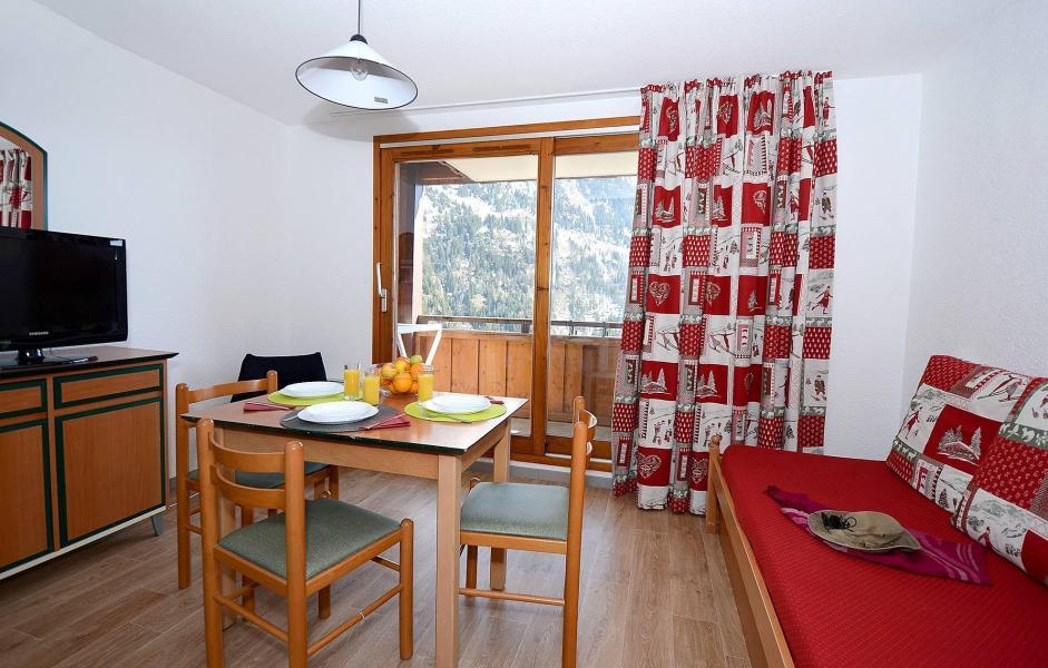 Vacances en montagne Résidence le Dôme des Rousses - Vaujany - Coin repas