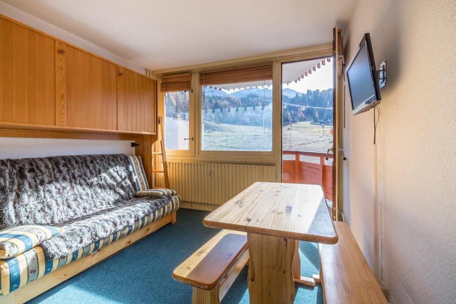 Vacances en montagne Studio 2 personnes (138) - Résidence le France - La Plagne - Table