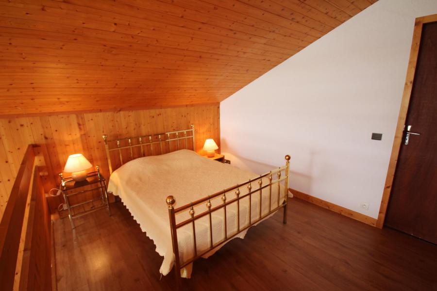 Vacaciones en montaña Apartamento 2 piezas mezzanine para 7 personas (016) - Résidence le Glacier B - Les Saisies - Cama doble