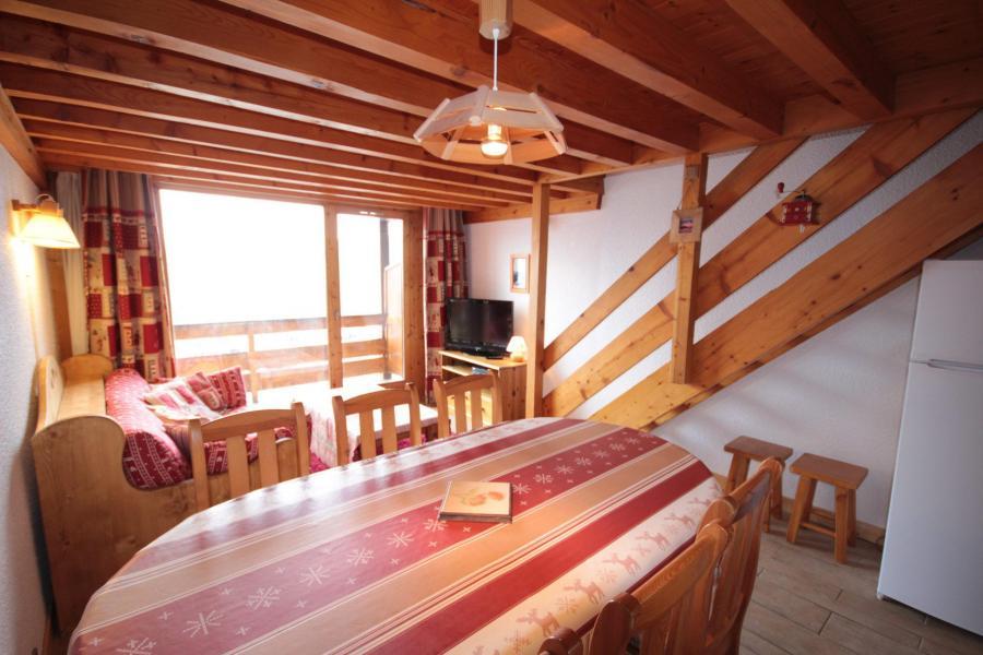 Vacaciones en montaña Apartamento 3 piezas mezzanine para 8 personas (013) - Résidence le Glacier B - Les Saisies - Mesa