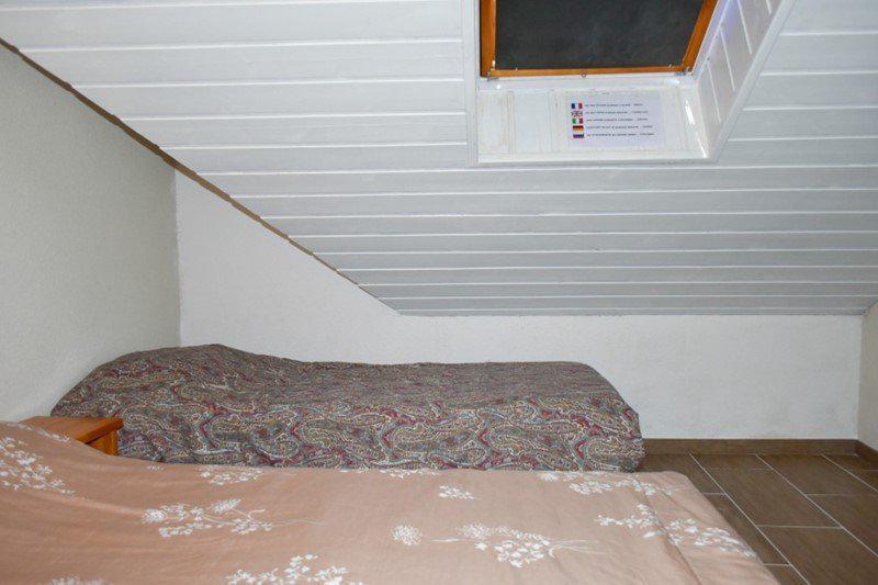 Vacaciones en montaña Apartamento dúplex 4 piezas 8 personas (205) - Résidence le Golf - Montgenèvre - Habitación