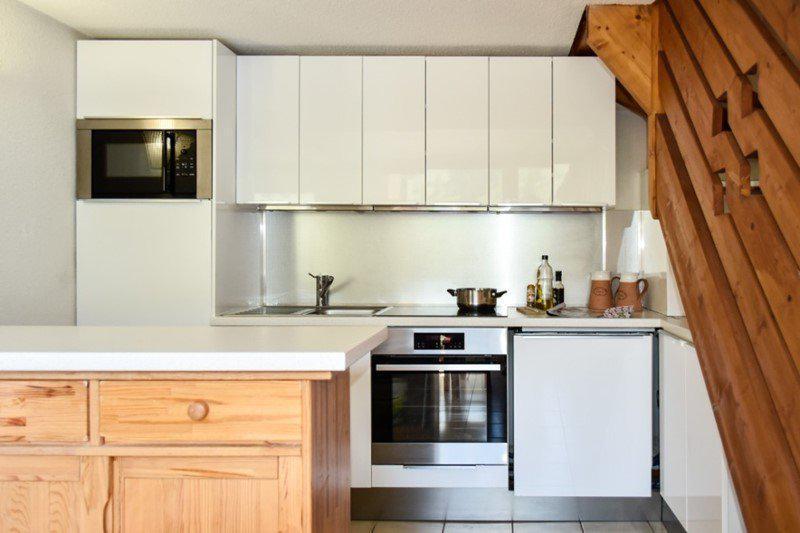 Vacaciones en montaña Apartamento dúplex 4 piezas 8 personas (205) - Résidence le Golf - Montgenèvre - Kitchenette