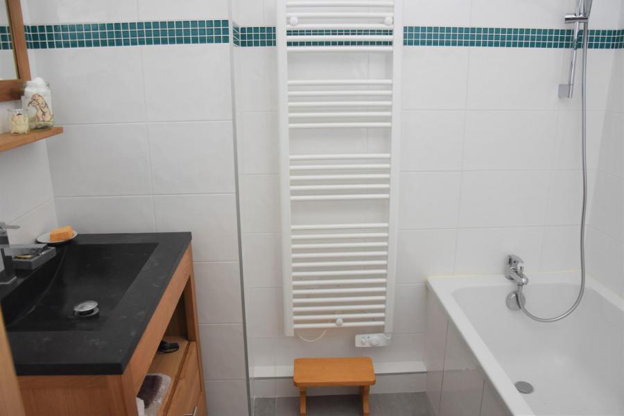 Vacaciones en montaña Apartamento 4 piezas para 6 personas (24) - Résidence le Grand Chalet - Pralognan-la-Vanoise - Cuarto de baño