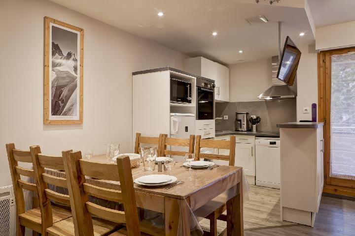 Vacances en montagne Appartement 4 pièces 6 personnes (321) - Résidence le Grand Chalet - Brides Les Bains - Salle à manger